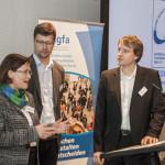 Vorständin Angela Papenburg mit Olaf Ebert und Niklas Alt (BAGFA)