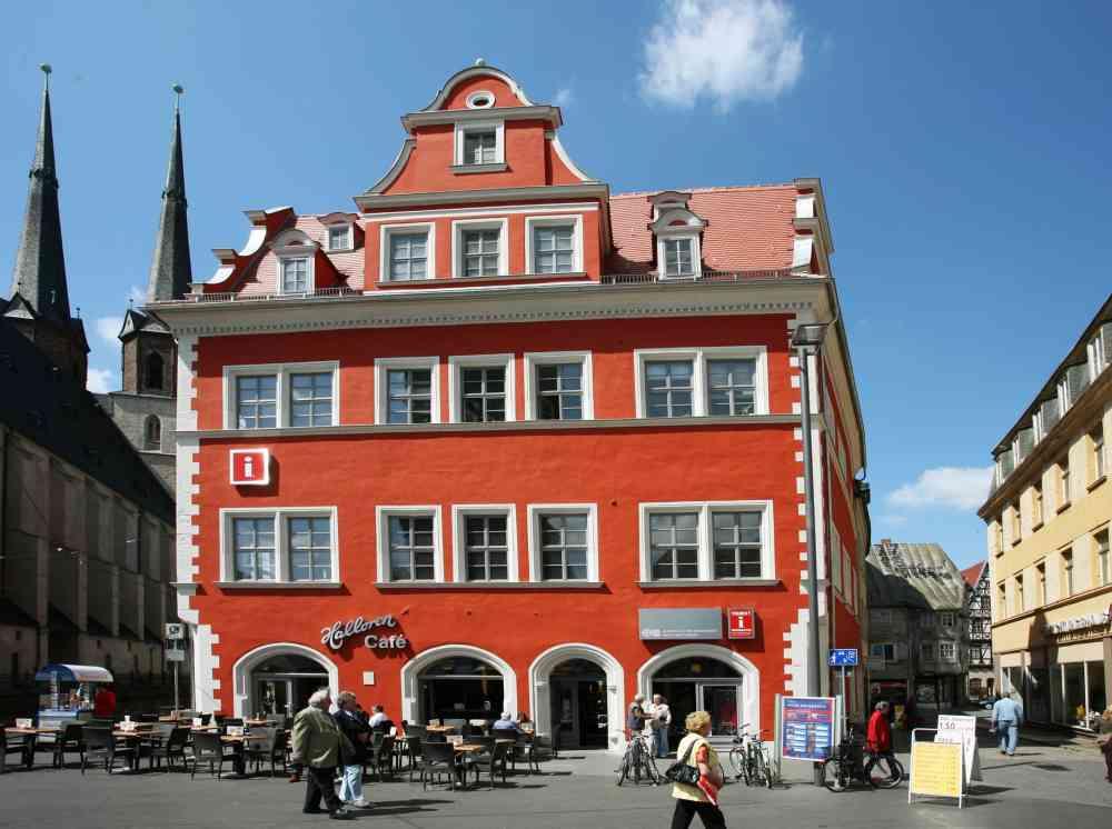 Marktschloesschen mit Tourist-Information - Foto: Thomas Ziegler
