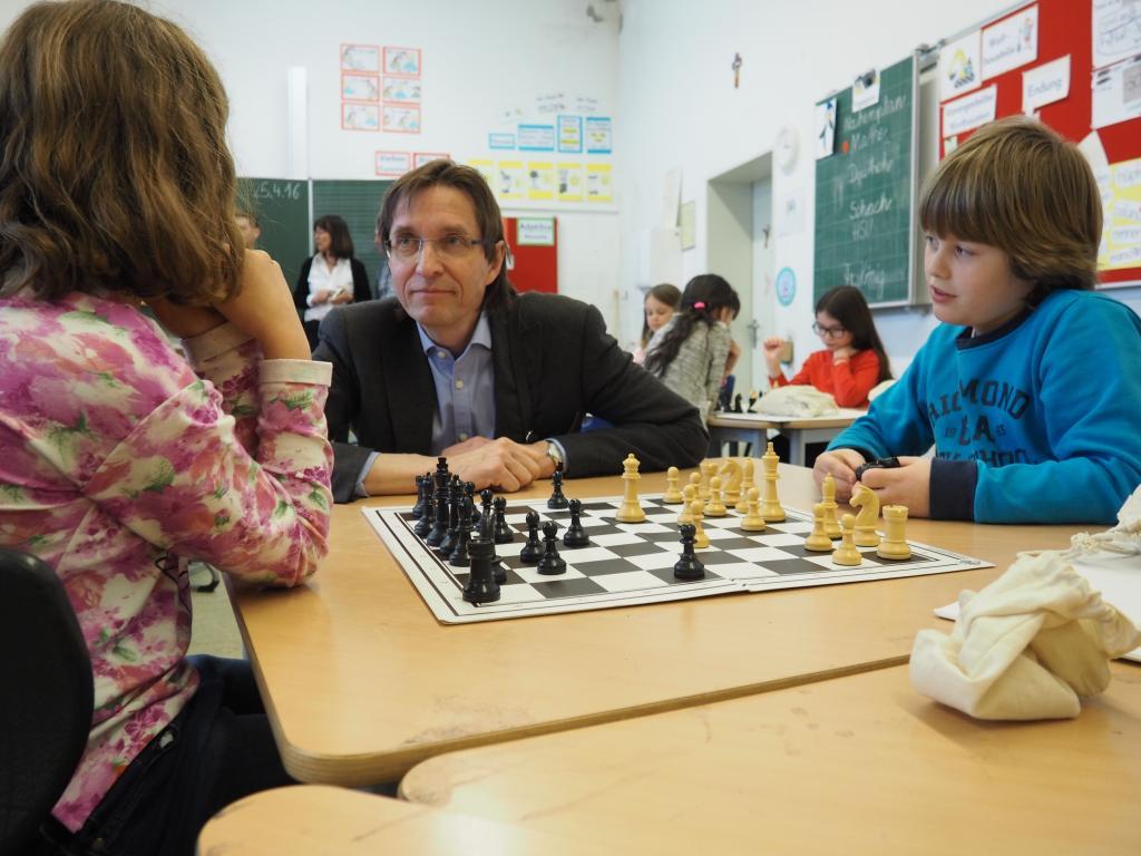 pressefoto-kindermann-kinder-schach_Bildquelle www.schachstiftung-muenchen.de